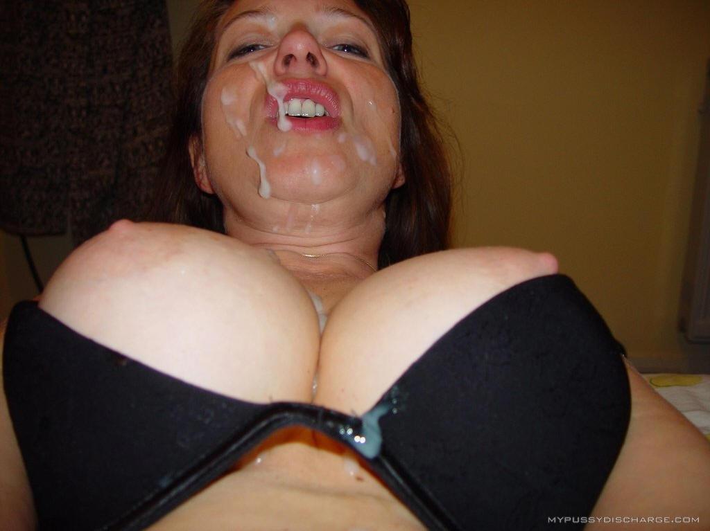 порно фото сперма на лифчике