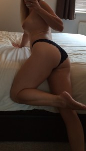 Would you watch me on webcam..? (f)