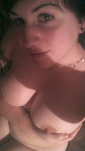 Another picture from earlier today. [F] this time less clothes!