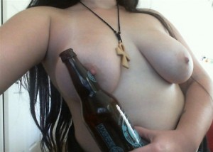 It's tits and beer 'o clock ;-) [f]