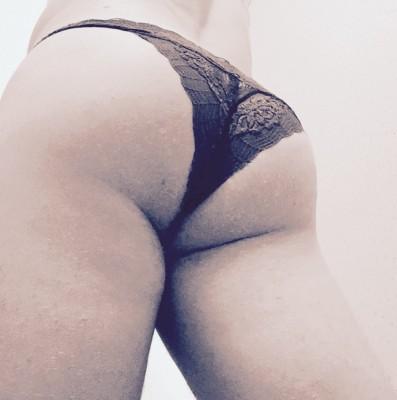 Ass (F)