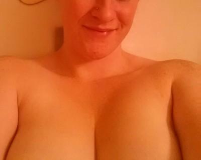 Mmm bath time (f)