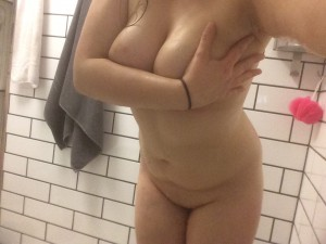 Shower time [F]