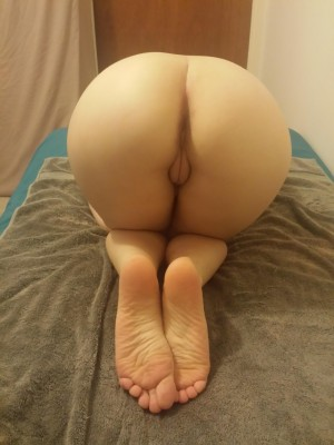The Morning Ass Show [F]