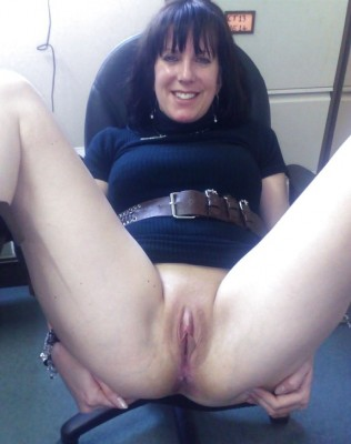 Mom is ready for a quickie