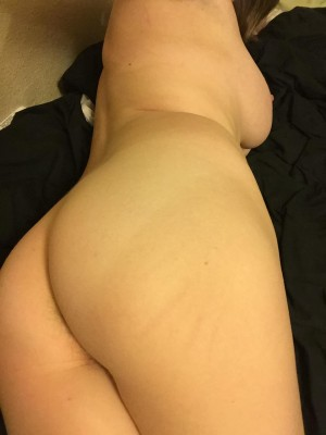 (F)Anyone else staying in tonight?