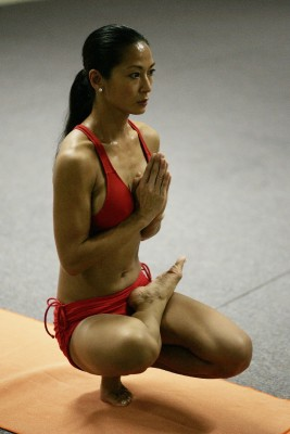 Gorgeous Asian yogi