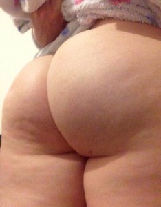 (F)lashing my big round ass