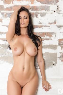 Hot body brunette