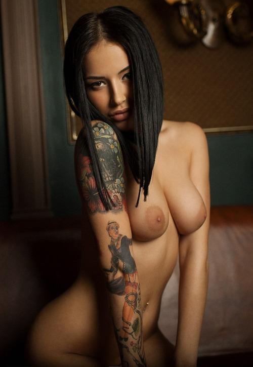 голые тату порно фото