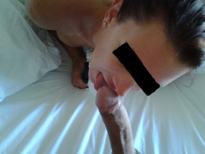 MILF loves to Lick It