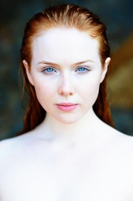 Molly Quinn.