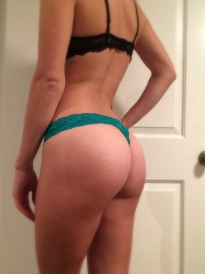 Booty gains! (F)