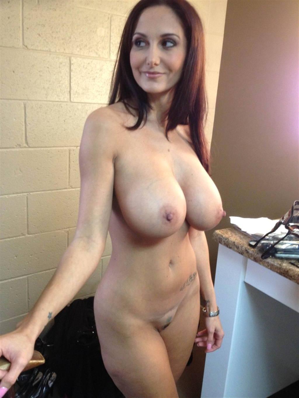 Фото голе женщины 18 фотография