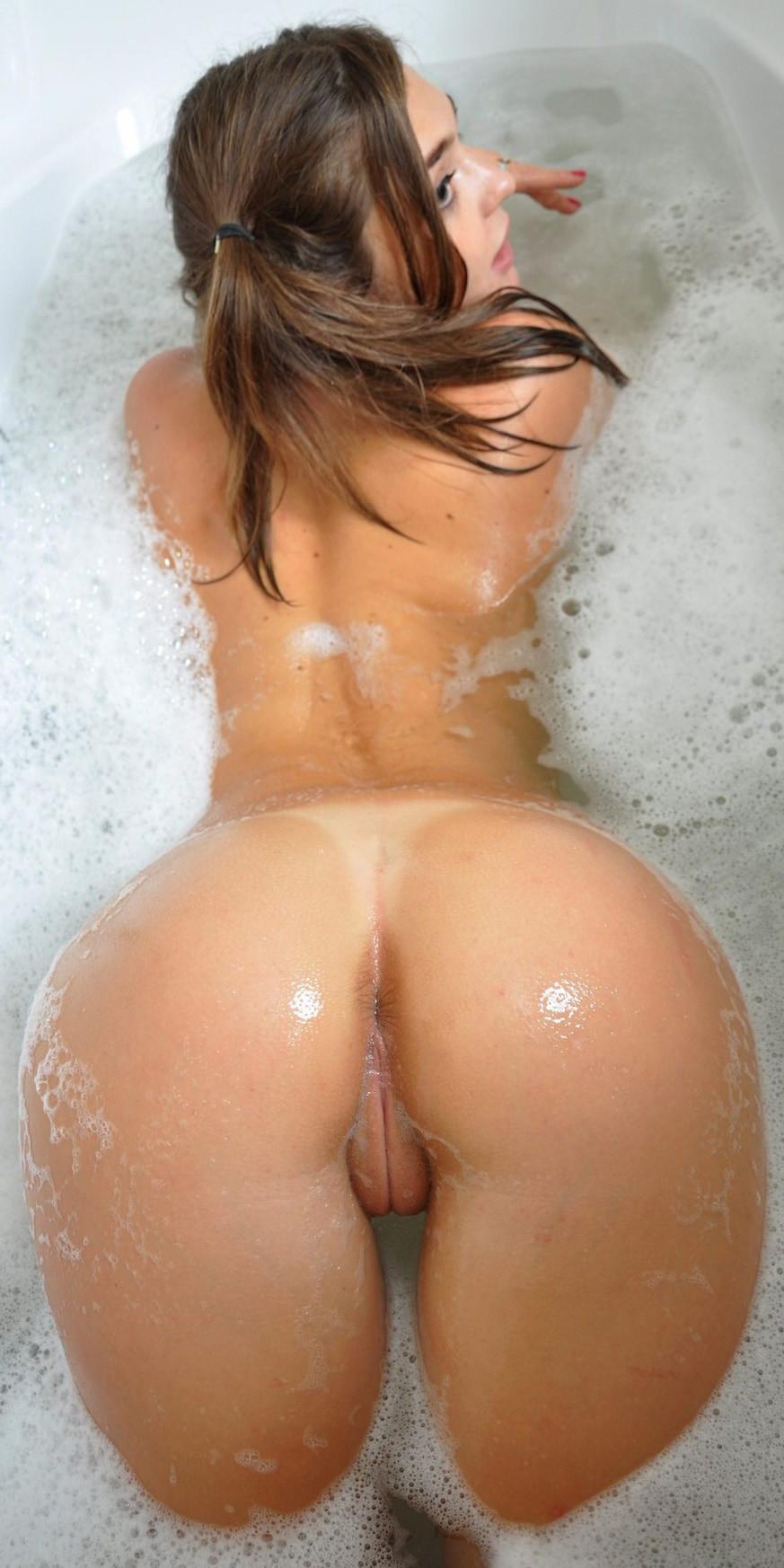 Naked dranie porn porn comic