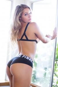 Courtney Tailor [AIC]