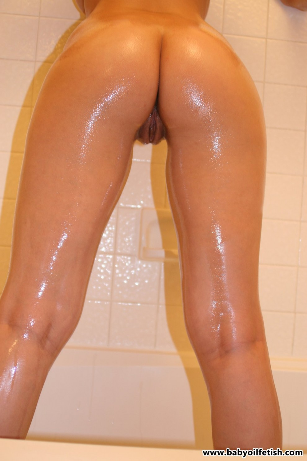 Arika covered in oil