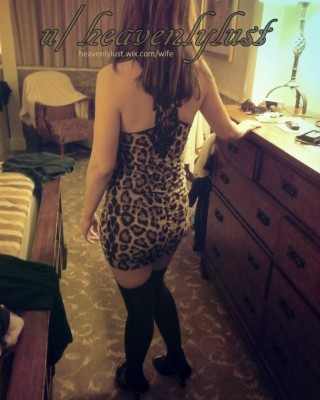 Does this leopard print dress make my 38 yo wife's ass look phat?