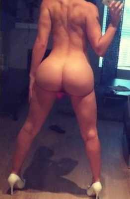 """[F] """"i could never be hypnotized and made to show off a nude pic"""