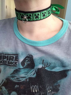 Geeky Ribbon Collar - This one is Minecraft!