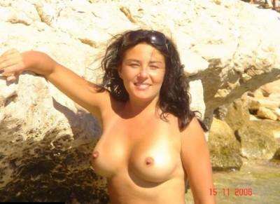 Getting some sun on those titties