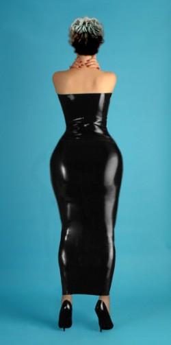Kim Latex Big Hips
