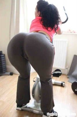 Milf Post-Workout Stretch. Mmmm
