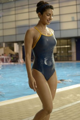 "[PIC] Priyanka Chopra in ""Quantico"" (x-post IndianHotties)"