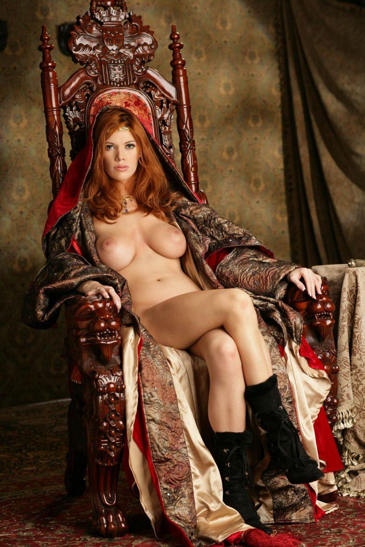 Porn fuck of crimson throne nude clip