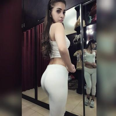 Sexy little Pakistanian girl
