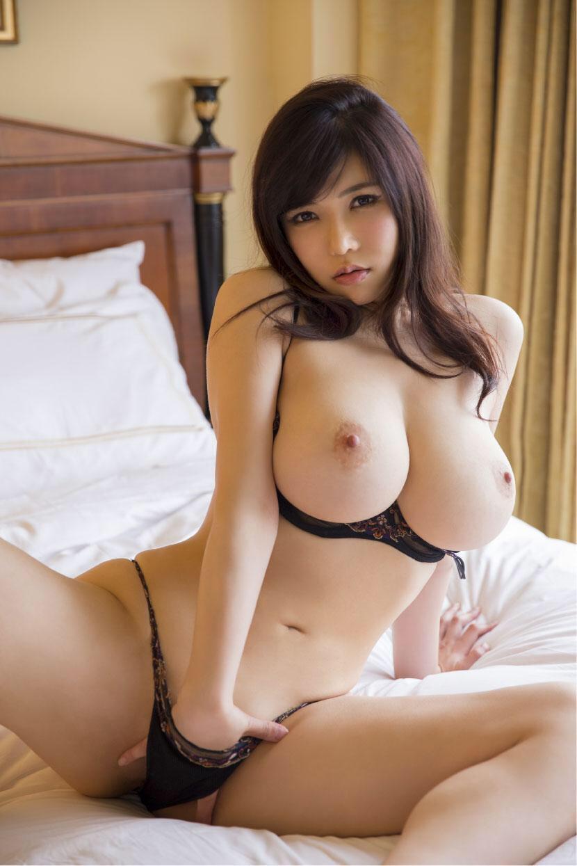 Порно грудастые японочки