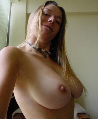 This babe has GREAT tits! (AIC)