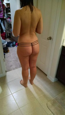 Wife's booty (f)