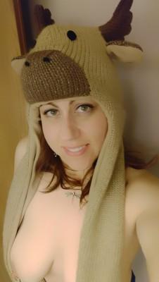 [f]wb didn't believe I had a moose hat.. Ha!