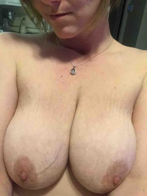 resubmit (f)or proper title... tits...