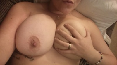 3 nights in a row of natural tits! Handbra for scale