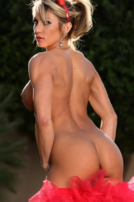 Abby Marie's perfectly tanned ass