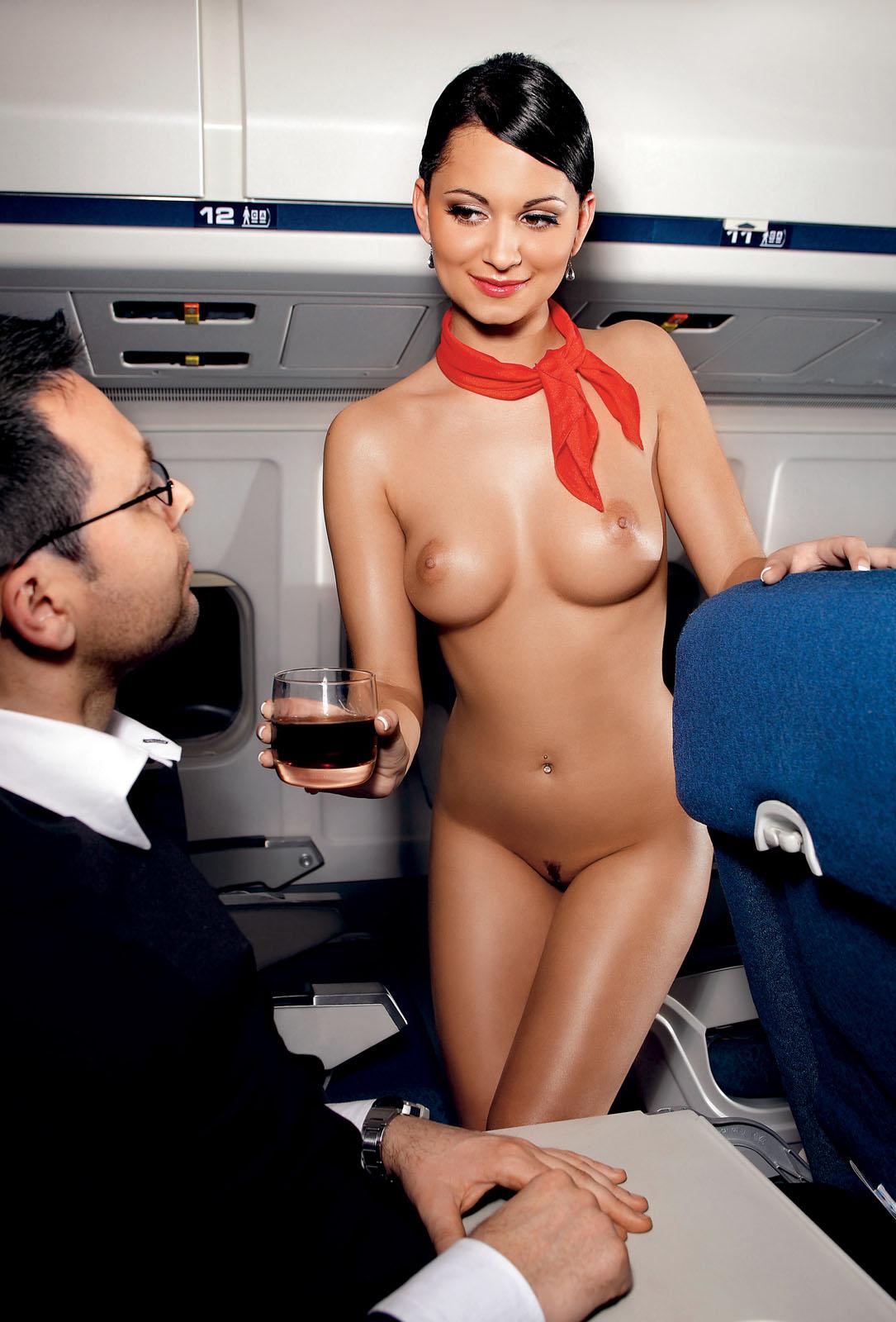 Ебут во все стюардесс роуз трахают
