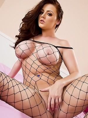 Curvy Pornstar Sophie Dee