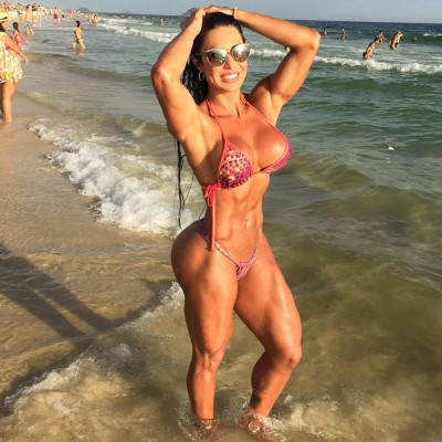 Gracyanne Barbosa Fit and curvy