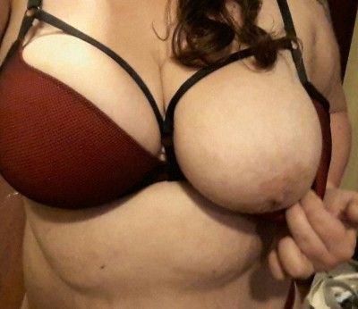I think I like this new bra.... showing off my nipple for you ;)