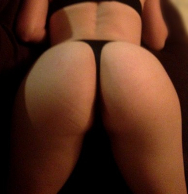Loved all the comments & PMs I got from my first pic! Do I look OK bent over in a black thong? ;)