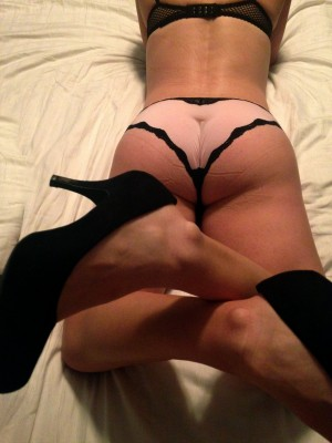 New lingerie & heels before some fun in bed....PM to let me know what you think about the view ;)