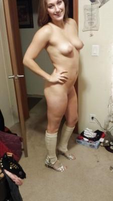 Very Hot in Heels