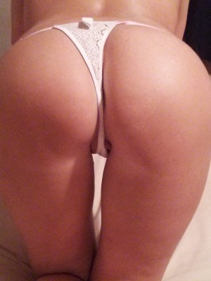 Wanting to seduce a new neighbor