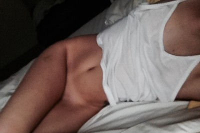 Who likes pants anyways [f]