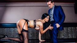 Sexually excited Jasmine works her beautiful figure for Ryan's pulsing rod