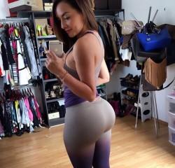 Ass so fat.