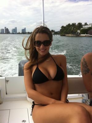 Busty boat bikini babe