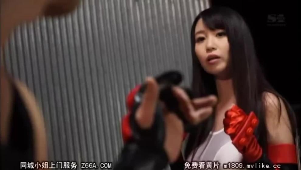 Aika Yumeno - Final Fantasy 7 Tifa Cosplay Fucking